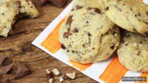 Recette de cookies au chocolat, lait et noisettes