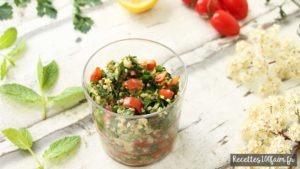 Une salade parfumée grâce au persil et à la menthe