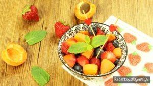 salade de fruits abricot fraise myrtille
