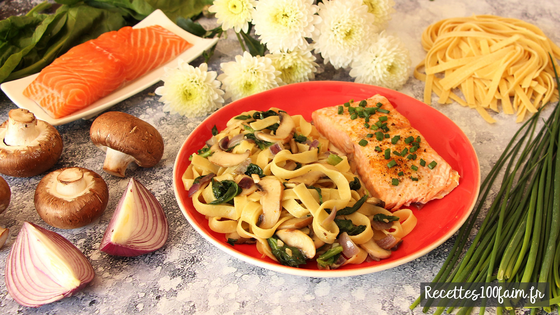 recette saumon pate fraiche oignon champignon epinard coco